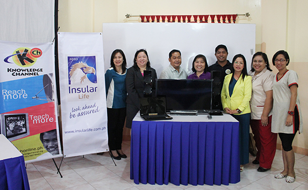 Il found insular life batangas donation group photo